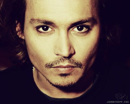 Johnny Depp's got some sexy eyes!